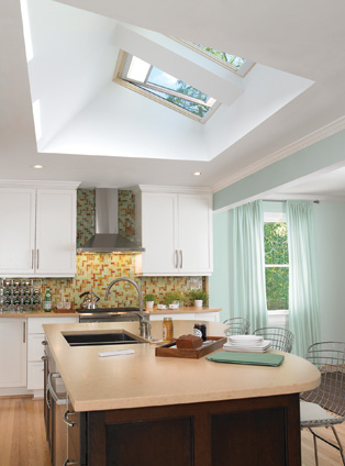 Merveilleux And Since Skylights Donu0027t Take Up Wall Space Like Vertical Windows, More  Space Is Available For Shelves Or Cabinets, Or For Decorating.